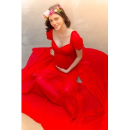Exclusive Red Fish Cut Maternity Photoshoot Gown