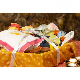 Agni -  Bedding Gift Set