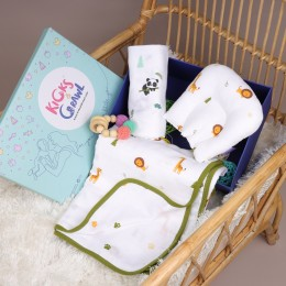 Welcome to the Jungle Organic Baby Shower Hamper