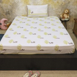 Bed Set - The Adventures of Mamma & Me