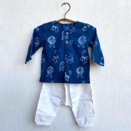 Zoo Bag - Kurta and White Pyjama Pants Set