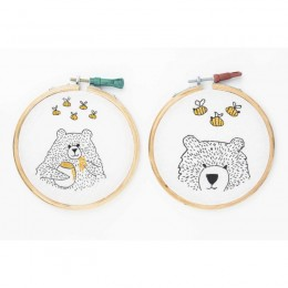 Room Decor Embroidery Hoops - Bears With Bees